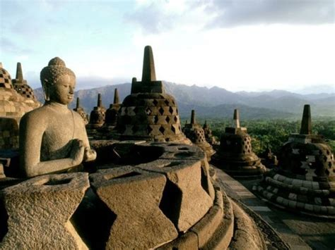 A Place Indonesia Don T Miss Places In Indonesia Travelmagma Shown In 8390085 Blogs