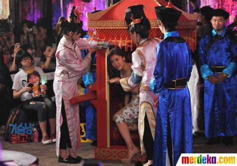 film kolosal empress ki foto pesona aktris korea ha ji won promosikan film