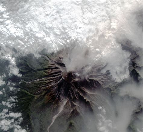 imagenes satelitales volcan las fotos satelitales de la erupci 243 n del volc 225 n calbuco