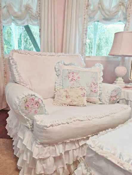 cottage style chairs and ottomans this chair ottoman are upholstered with such cozy comfy