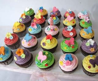 Kursus Cupcakes Di Goukm Center cake miracle by peni respati cupcakes set flower butterfly