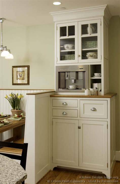 kitchen nook cabinets cottage kitchens photo gallery and design ideas