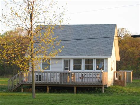 A Place Cottage A Place In The Sun Discover Pelee Island