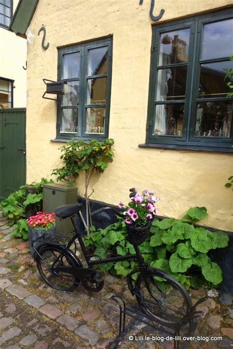 132508929x fenetres anciennes au danemark drag 248 r l 226 me d une ancienne ville de p 234 cheurs au danemark