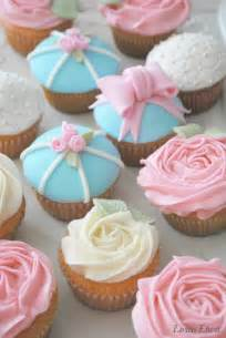 the baking sheet shabby chic cupcakes