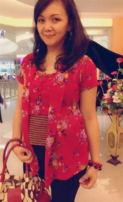 Batik Modern Kemeja Pola Merak Batik Modernbaju Batik Pria 102 best images about kebaya on traditional models and kebaya