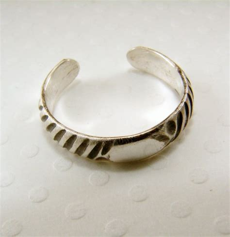 sterling silver toe ring any size secondnaturedesigns