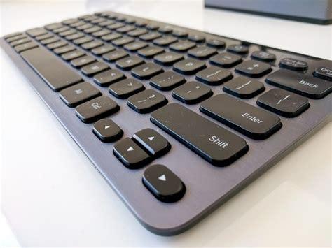 Keyboard Logitech K810 i ve finally created my portable office