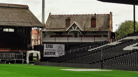 cottage corner fulham craven cottage londres templos f 250 tbol