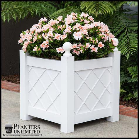 Lattice Planter Box by Lattice Premier Pvc Planter Boxes Planters Unlimited
