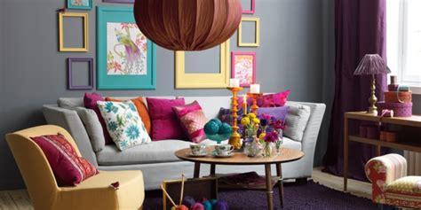 deco canapé gris d 233 co salon moderne et chic invitez la couleur grise