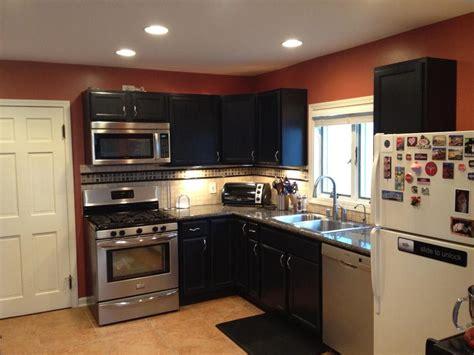 How To Do A Backsplash In Kitchen - kitchens when to stop a backsplash home improvement