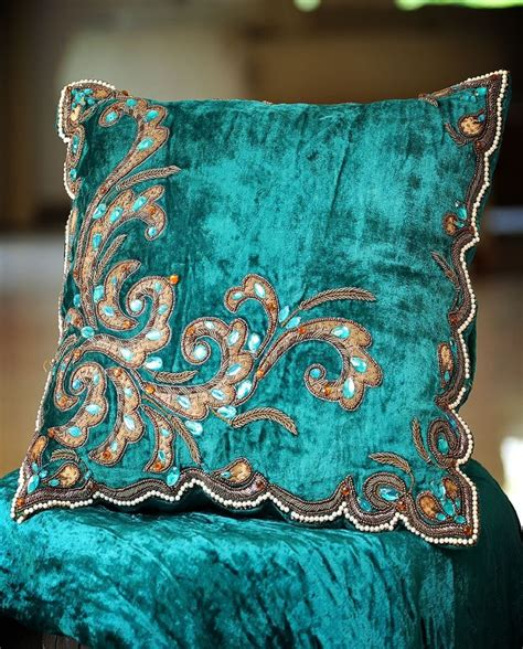 Turquoise Pillows Pin By Darcie Ritchey Crock On Darcie S Favorite Home