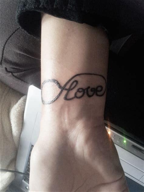 tattoo vorlagen love mellie florina endless love tattoos von tattoo bewertung de