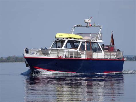 motorboot oder segelboot segelboot oder motorboot unsere entscheidung seegehender