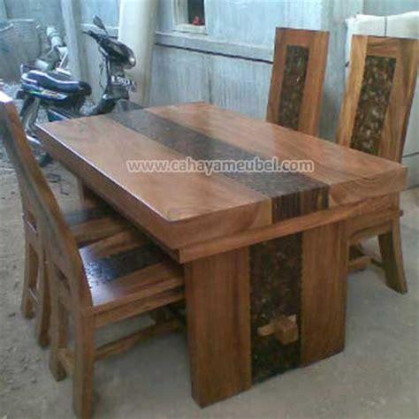 Meja Makan Kayu Trembesi meja makan modern kayu trembesi jual meja makan 4 kursi minimalis mewah blok cahaya mebel jepara