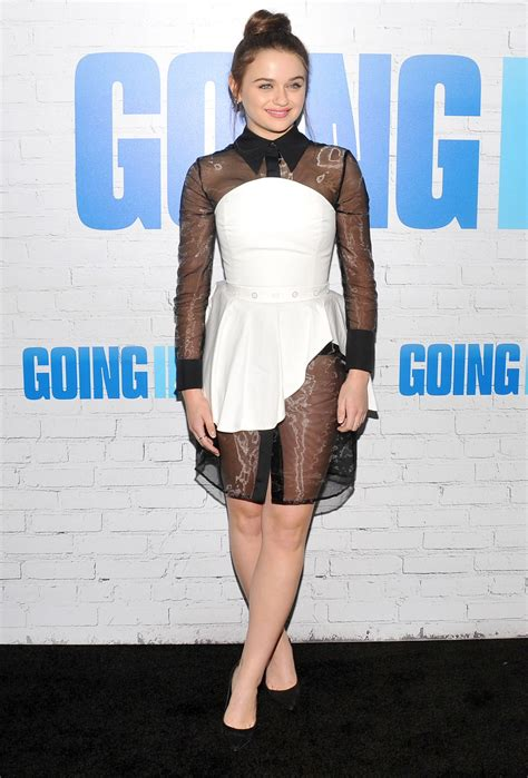 2017 film premieres joey king quot going in style quot film premiere in new york 3