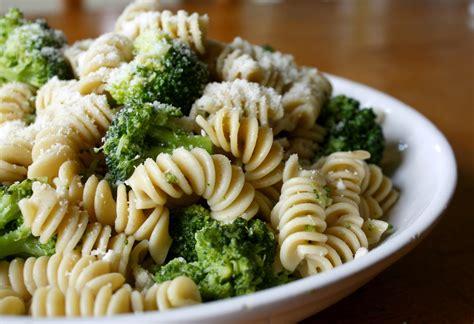 broccoli rotini  italian table