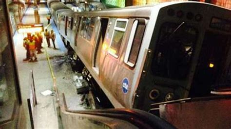 liveleakcom cta train derailment at chicago ohare 30 people injured after commuter train derails and hits