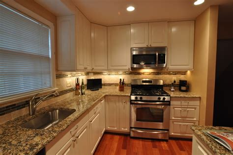 Kitchen Backsplash White Cabinets by Kitchen Remodel White Cabinets Tile Backsplash