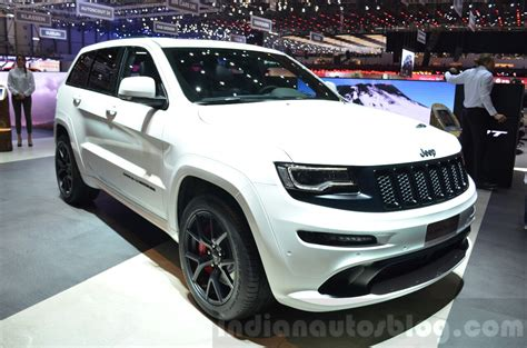 srt jeep 2016 interior jeep renegade srt grand cherokee srt night geneva live