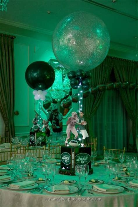 Jets Football Theme Bar Mitzvah Centerpieces by Balloon