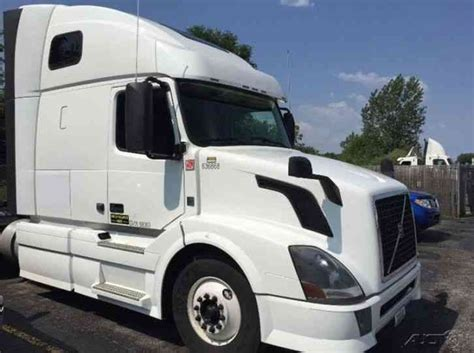 2013 volvo big rig volvo vnl64t670 2013 sleeper semi trucks