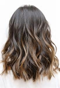how to get beachy waves on shoulder lenght hair 16 wonderful medium hairstyles for 2016 pretty designs