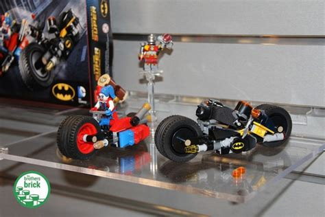 Mainan Lego Heroes Motorcycle heroes dc universe at new york fair 2016 news the brothers brick the brothers brick
