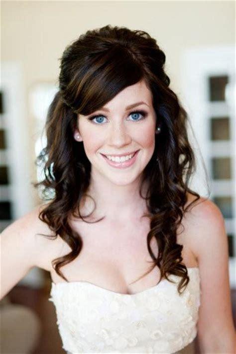 cute country hairstyles cute wedding hairstyle natural wavy wedding hair 802573