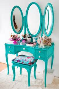 Vanity Table Green I This Vanity So Girly Decor All Things