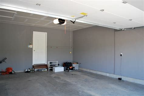 best color for garage walls inspiring garage paint colors 4 keepn the side