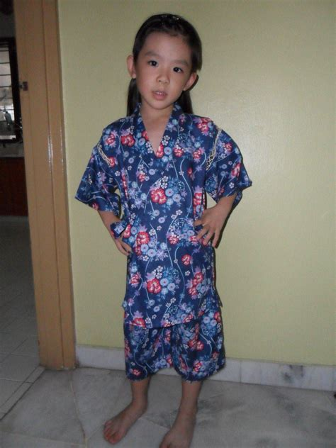 traditional japanese clothing for children