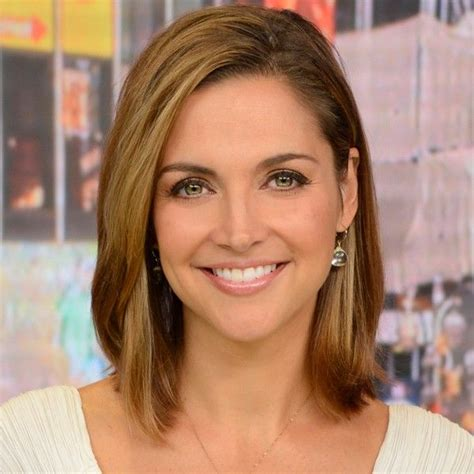 ginger hair on gma the 25 best ideas about paula faris on pinterest ginger