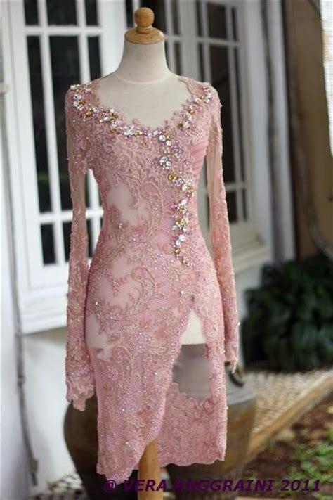 Riana Maroon Dress Pesta Hijabers Mewah motif kebaya brokat 2014 newhairstylesformen2014