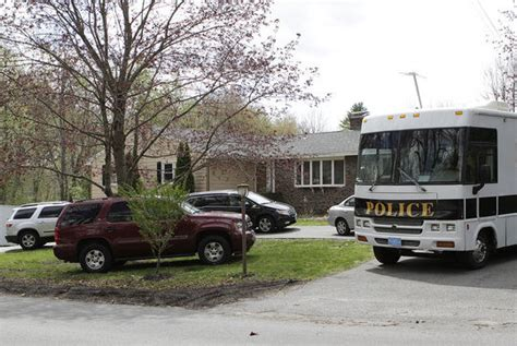Ncis Warrant Search Federal Agents Search Methuen Home Office News Eagletribune