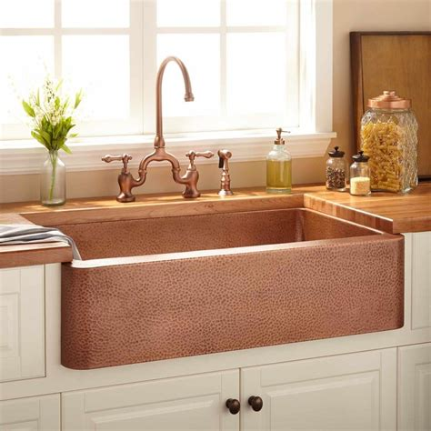 hammered copper farmhouse sink 25 best ideas about copper farmhouse sinks on