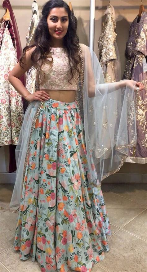 Indian Skirt 5 626 best images about crop top with indian skirt on neeta lulla fashion week 2016