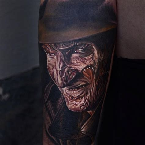 tatouage portrait freddy krueger par nikko hurtado