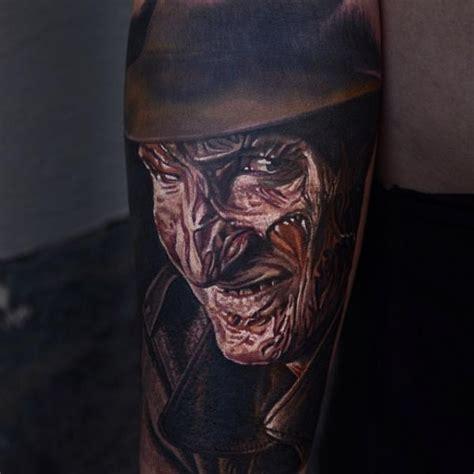 tatouage portrait freddy krueger par nikko hurtado