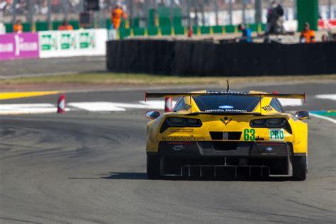 corvette race car corvette pictures c7 r race cars 24 hours of le mans