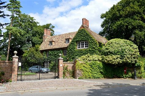 jeffrey archer house grantchester tours