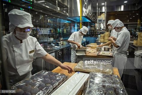 Baju Nicky Pack 2 Fh singapore general eco ahead of figures getty images