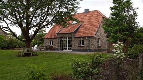 Bauernhaus Modern Bauen by Kate In Neukirchen Vluyen Bauernhaus Manufaktur