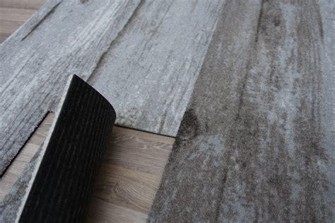 Teppich Fliesenoptik by Teppich Module Designboden Holzplanken Optik