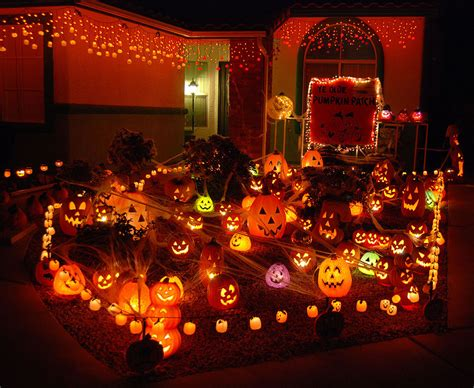 Best Christmas Decorated Homes by Top 10 Halloween Facts Things To Do In London