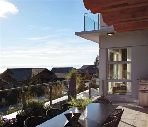 kingsbrook wood unveils three spectacular show homes west van s aston hill offers spectacular views