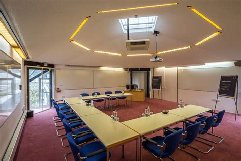 lecture room said business school egrove park experience oxfordshire conferencing