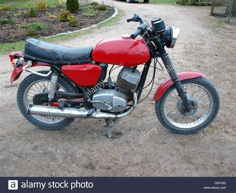 Suche Motorrad Jawa by Restaurierte Rote Farbe Tschechische Motorrad Jawa 350 634