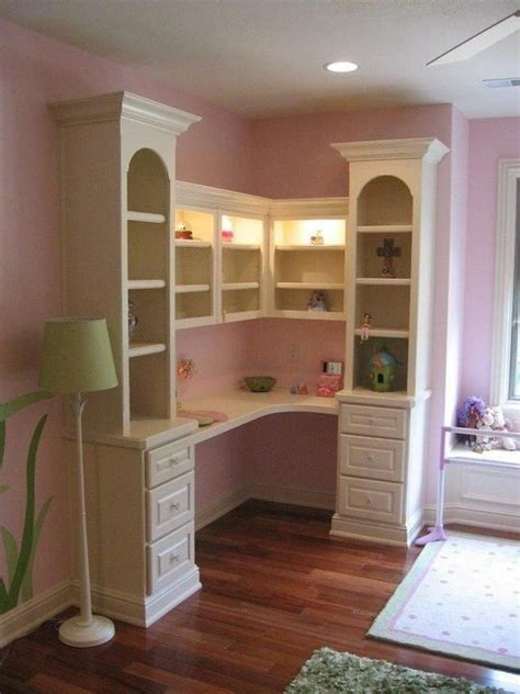 built in desk in bedroom 25 best ideas about adjustable shelving on pinterest